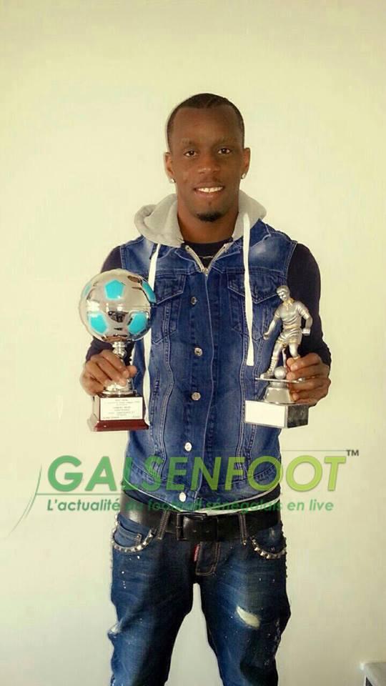 Foot-Gréce: Henri Camara élu meilleur joueur de l'année 2013